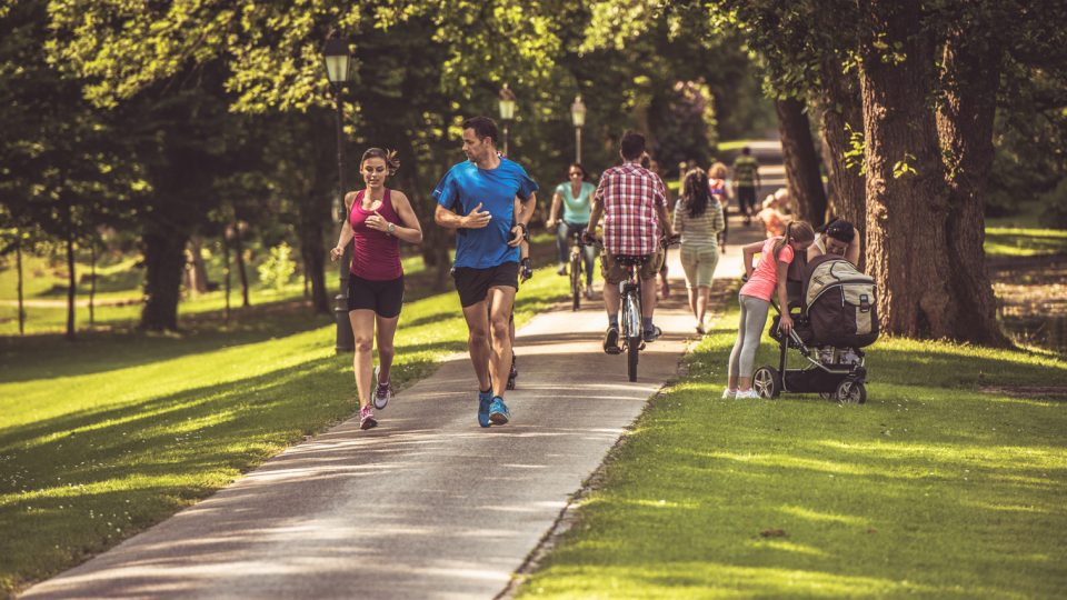 People running in parks